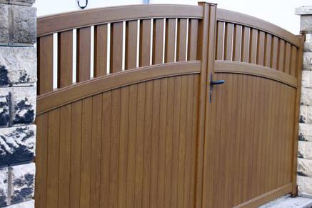 portails sur mesure en pvc bois ou alu fabrication et pose. Black Bedroom Furniture Sets. Home Design Ideas